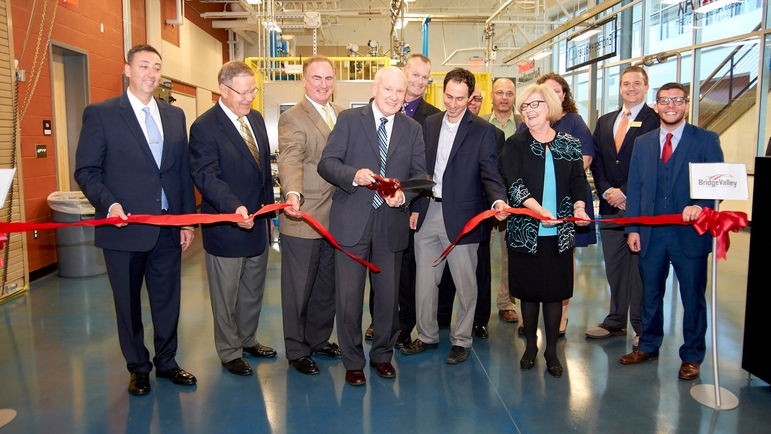 BridgeValley PTU ribbon cutting